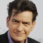 ¿Por qué es que Charlie Sheen tuvo que pagar millones de dólares para mantener en secreto su condición de portador de VIH?