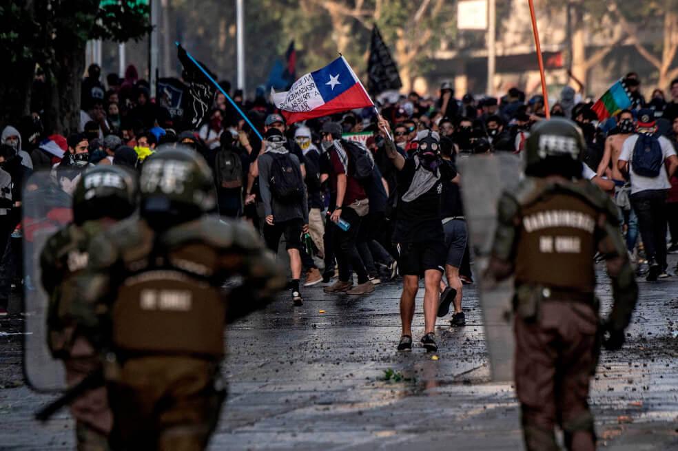 ¿Abuso de autoridad o restablecer el orden público? El uso de la fuerza en el marco de las protestas en Chile y el respeto de los derechos de los ciudadanos