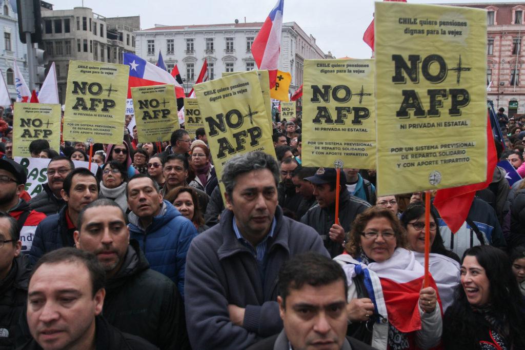 El Sistema Privado de Pensiones en Chile: una historia de reformas sin satisfacción socia