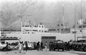 LIMA, 10 DE MAYO DE 1992 UN VIOLENTO MOTIN SE PRODUCE EN EL PENAL MIGUEL CASTRO CASTRO DE CANTO GRANDE CUANDO LOS PRESOS POR TERRORISMO INTENTAN IMPEDIR EL TRASLADOS DE PRISIONERAS AL PENAL DE MUJERES DE CHORRILLOS. FOTO: EL COMERCIO