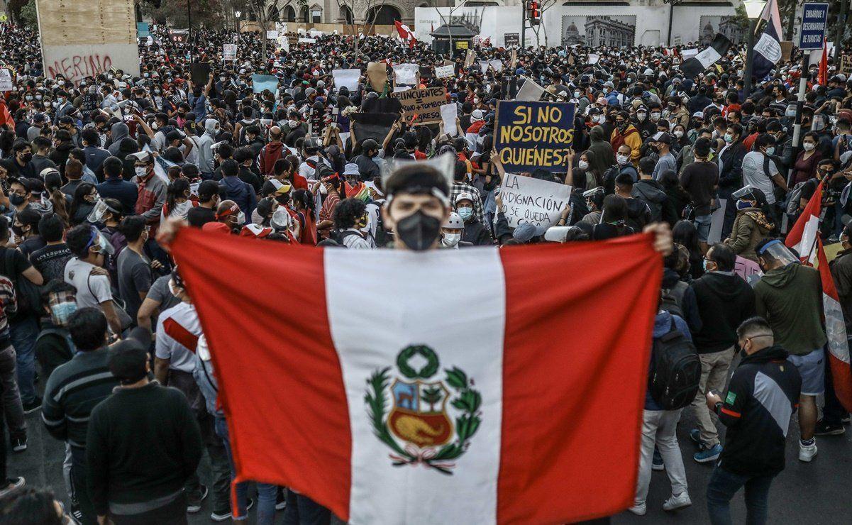 El Derecho de Protesta tras la vacancia presidencial:  la búsqueda de una legitimidad material para gobernar el Perú